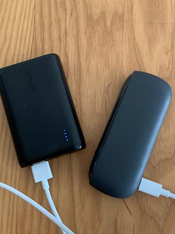 アンカーのモバイルバッテリーとアイコス